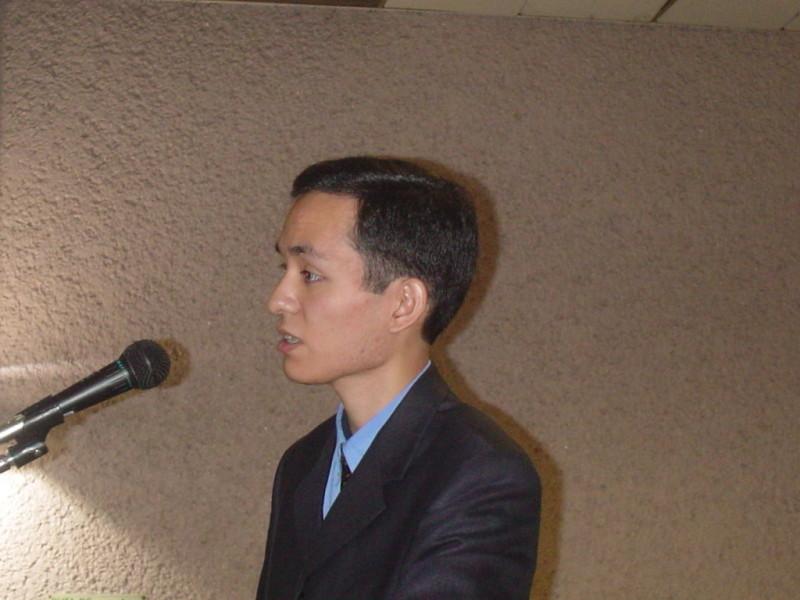 Óscar en una de sus conferencias.