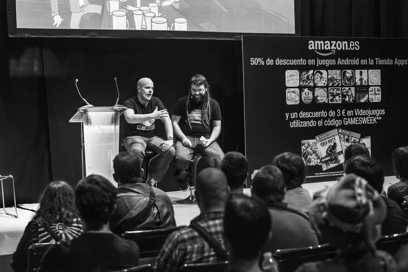 Juanan y Toni, creadores de Randal's Monday, dando una charla en Gamelab Academy.